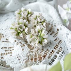 Набор цветов Pastel Flowers МАЛЕНЬКИЕ ЦВЕТОЧКИ 1см бежевые 10шт
