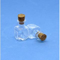 Бутылочка стеклянная с пробкой Рукоделие квадратная 2,4см